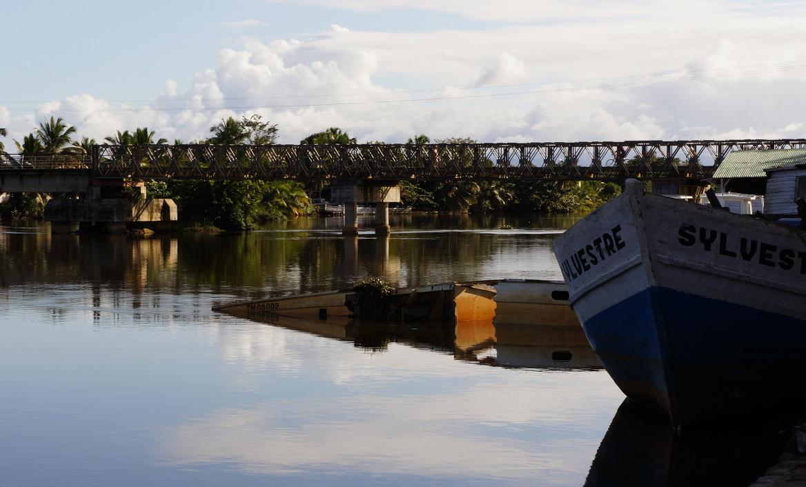 Maroantsetra - boats in river