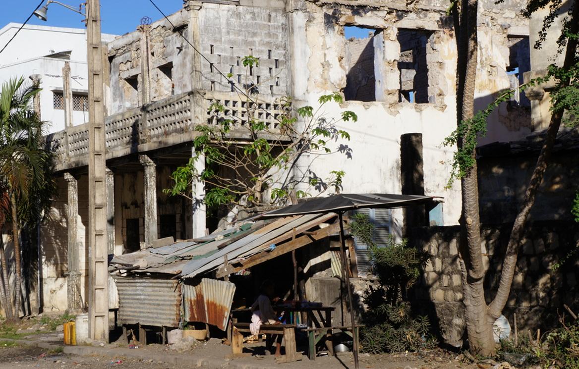 crumbling buildings, breakfast house