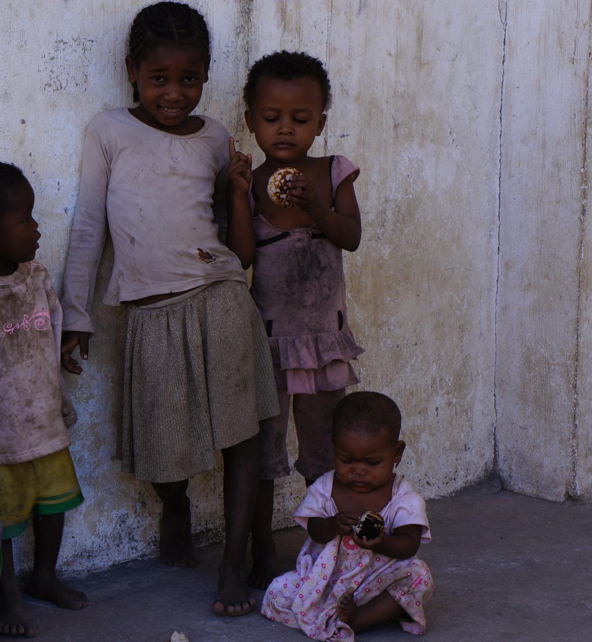 Madagascar - family of kids