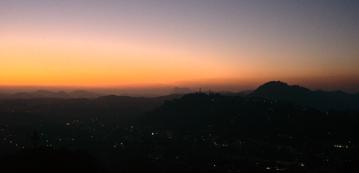 Kandy - Evening in the Mountains
