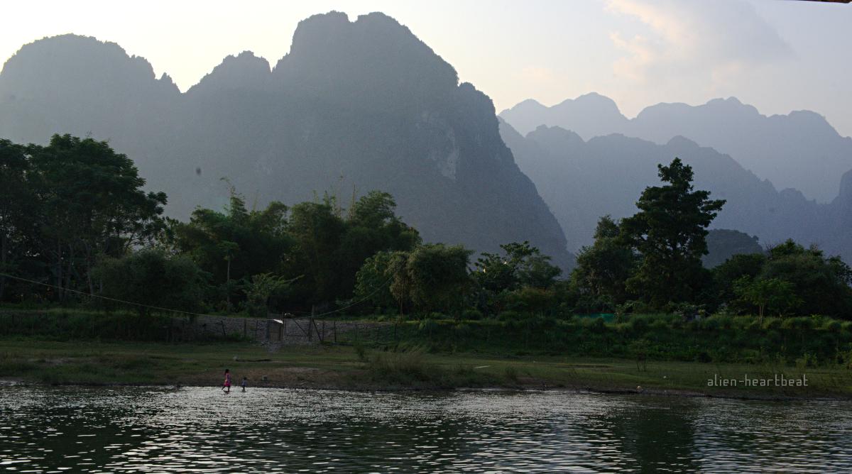Laos: girl,river,mountains