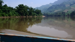 Laos: crossing the Nam Oo river
